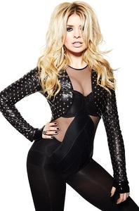 Holly Willoughby Cosmopolitan Magazine April 2012 x1