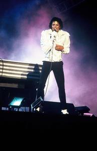 1984 VICTORY TOUR  Th_753876844_6884004078_7e8ced0039_b_122_585lo